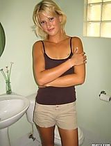 Young girl JC is attractive blonde whose bathroom pics are made only for YOU!